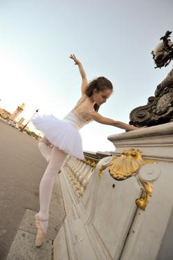 danseuse pont S Ghera